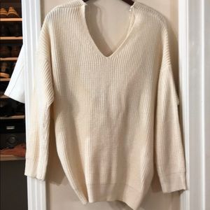 Cream Knot In Back V-Neck Sweater